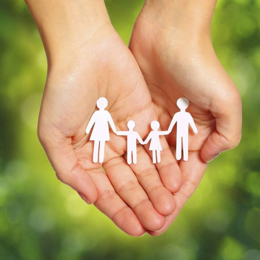 Los requisitos reguladores para la adopción en España